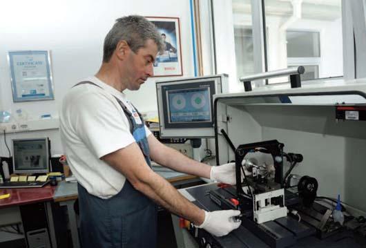 Otvoreno odeljenje za popravku turbo kompresora